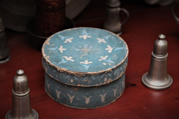Five inch hand painted box #2