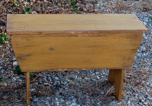 Primitive Country Storage Bench