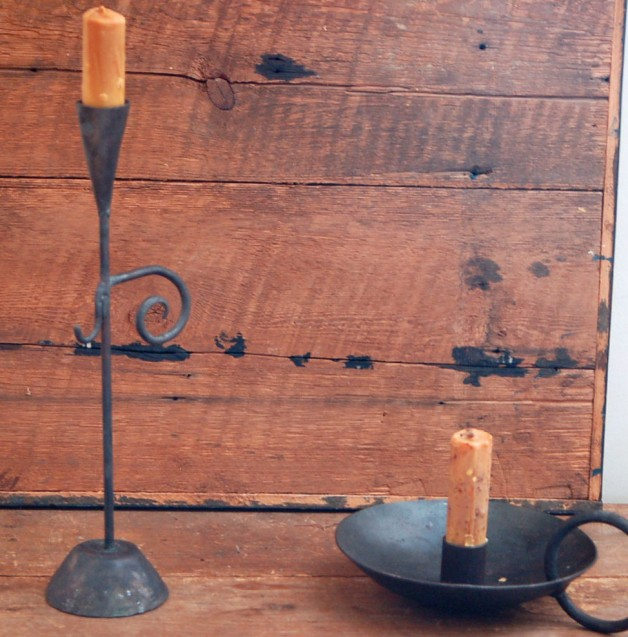 cellar top stand. iron ring candleholder