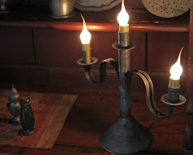 3 candle arm tin candelabra- electric