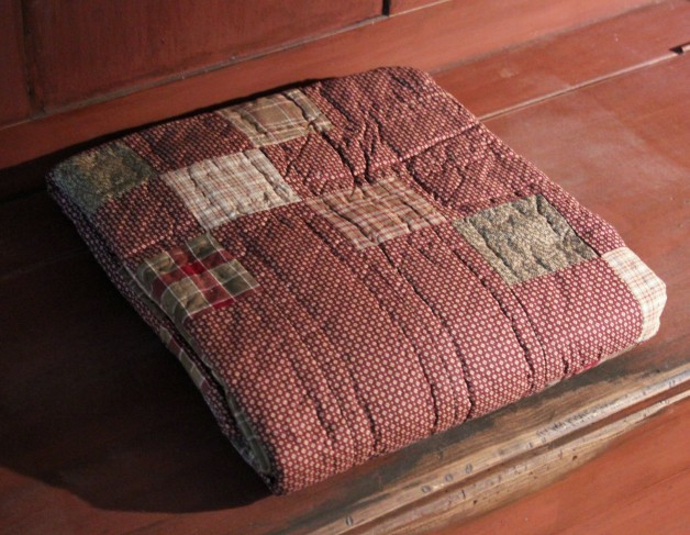 Everson quilted throw