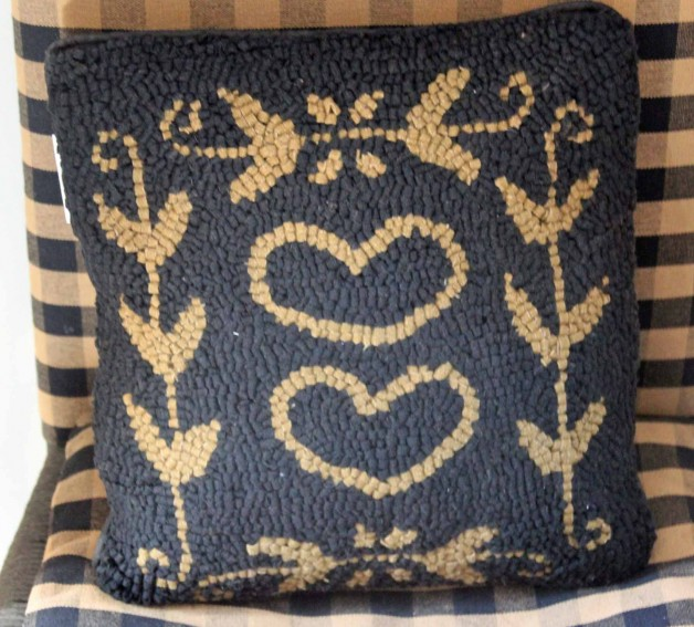 Colonial Heart Pillow