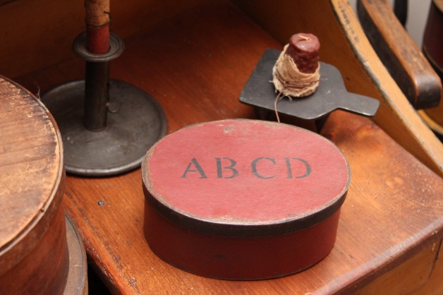 ABCD oval red box