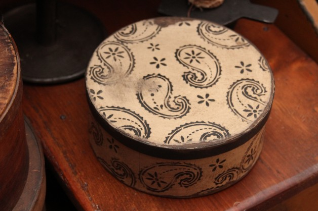 White Paisley box