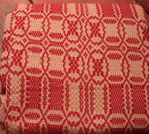 Westbury coverlet in cranberry/tan