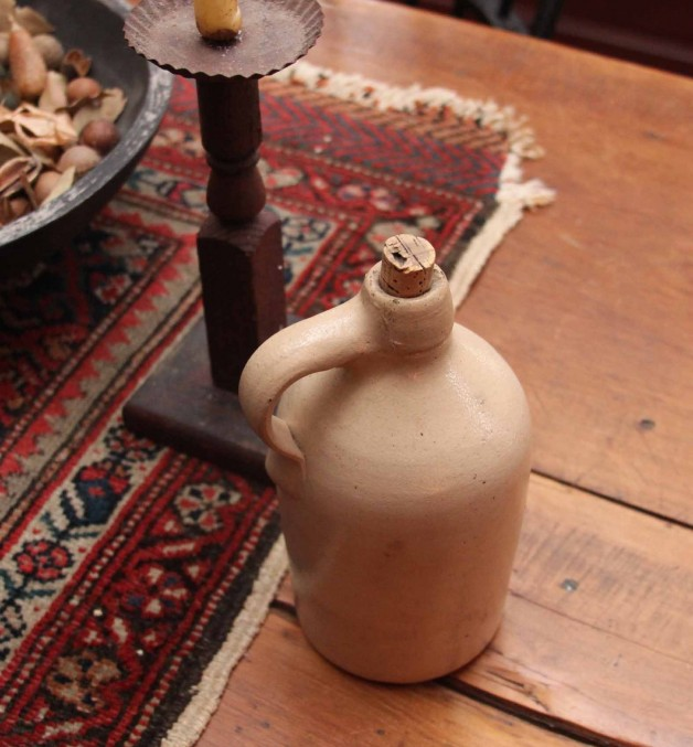 Little Stoneware jug with cork