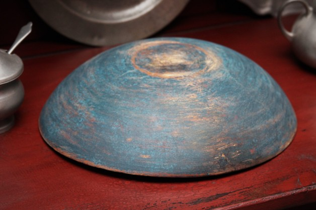 Old bowl new paint blue