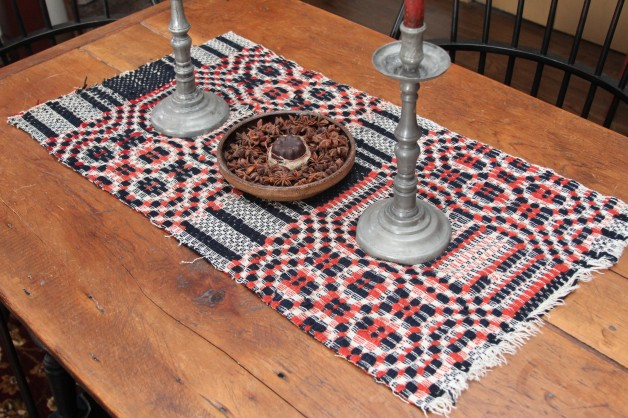 Red/navy 1800 coverlet piece #4
