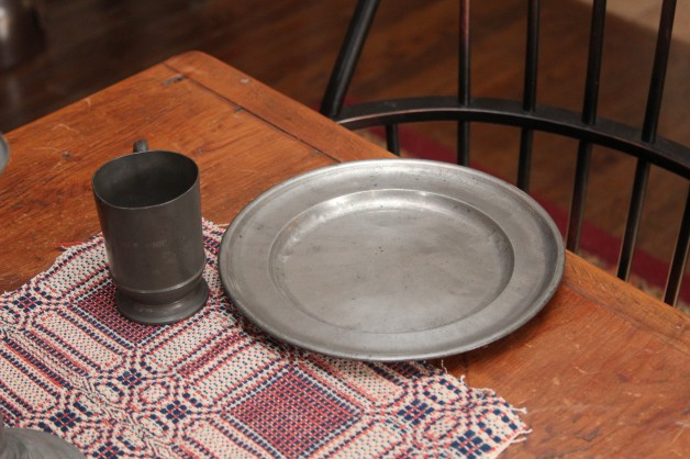 Early 1800's pewter plate 9.5″