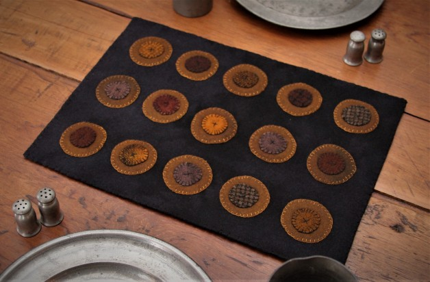 Fifteen pennies table mat